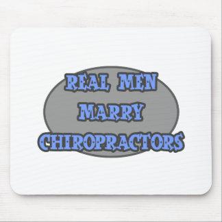 Los hombres reales casan a Chiropractors Tapete De Raton