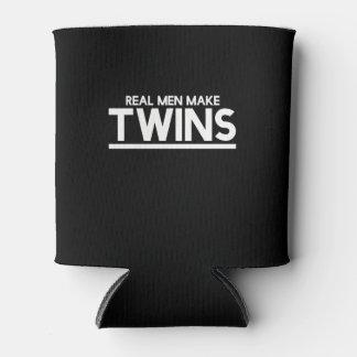 Los hombres reales hacen a gemelos enfriador de latas