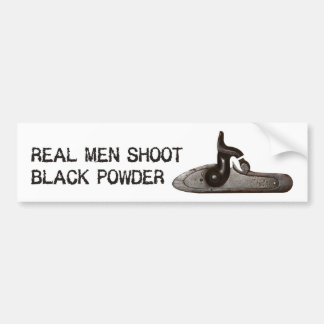 Los hombres reales tiran el polvo negro, rifle del pegatina de parachoque