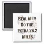 Los hombres reales van las 26,2 millas adicionales iman para frigorífico