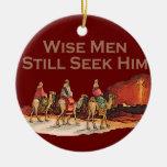 Los hombres sabios todavía lo buscan ornamento del adorno de reyes
