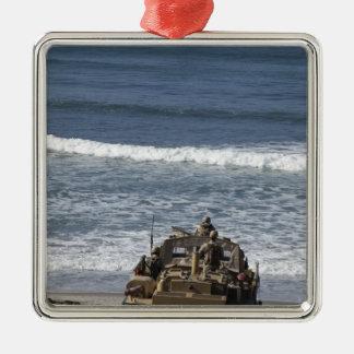 Los infantes de marina anticipan la llegada adorno cuadrado plateado