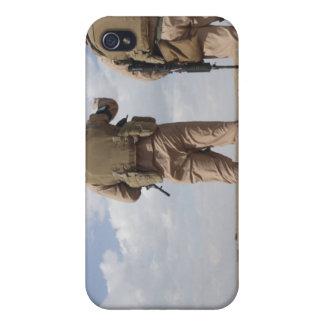 Los infantes de marina exploran el horizonte para iPhone 4/4S carcasas