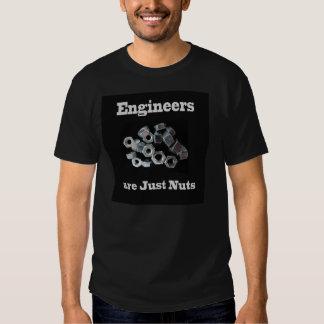 Los ingenieros son apenas camiseta negra chistosa remeras