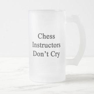 Los instructores del ajedrez no lloran taza de cristal