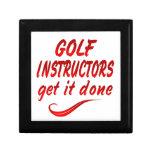 Los instructores del golf lo consiguen hecho cajas de recuerdo
