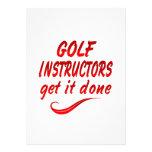 Los instructores del golf lo consiguen hecho invitacion personalizada
