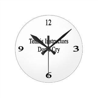 Los instructores del tenis no lloran relojes