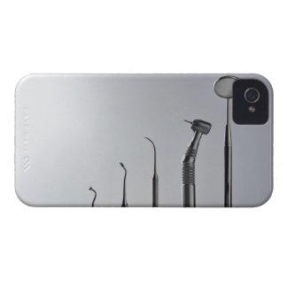 Los instrumentos del dentista iPhone 4 Case-Mate cobertura