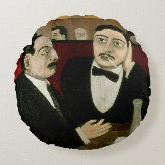 Los intelectuales en el café Rotonde, 1916 Cojín Redondo