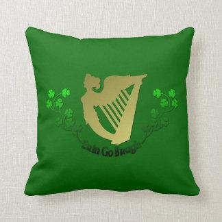 Los irlandeses Erin van arpa y trébol de Bragh Irl Almohadas