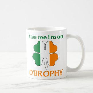 Los irlandeses personalizados me besan que soy O B Tazas