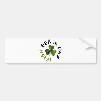 ¡Los irlandeses por un día refrescan productos! Pegatina De Parachoque