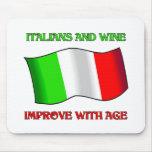 Los italianos y el vino, mejoran con edad tapetes de ratones