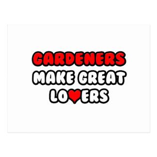 Los jardineros hacen a grandes amantes tarjetas postales