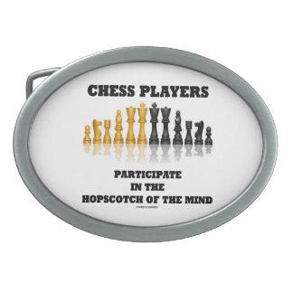 Los jugadores de ajedrez participan en el hebillas cinturon ovales