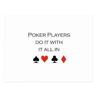 Los jugadores de póker lo hacen todo en camiseta postales