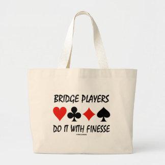 Los jugadores de puente lo hacen con delicadeza cu bolsa tela grande