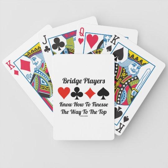 Los jugadores de puente saben cómo a la delicadeza baraja de cartas bicycle