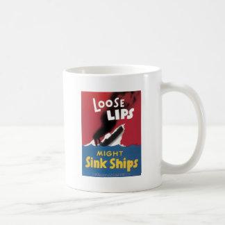 Los labios flojos pudieron hundir las naves taza básica blanca