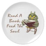 Los libros alimentan a alma el búho sabio platos de comidas