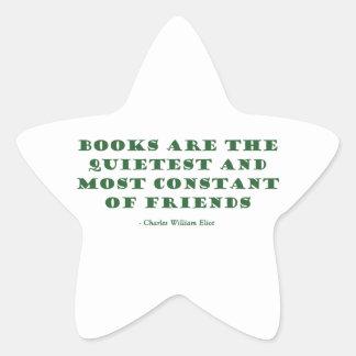 Los libros son el los más reservados y más pegatina en forma de estrella