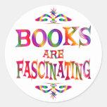 Los libros son fascinadores pegatinas redondas