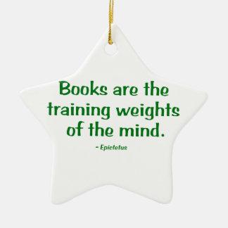 Los libros son los pesos de entrenamiento de la adorno de cerámica en forma de estrella
