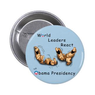 Los líderes mundiales reaccionan (Obama) Pin Redondo De 2 Pulgadas
