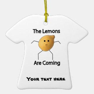 ¡Los limones están viniendo! Adorno De Cerámica En Forma De Playera