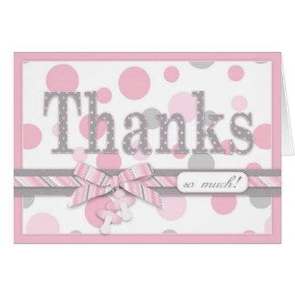 Los lunares rosados y grises le agradecen fiesta d
