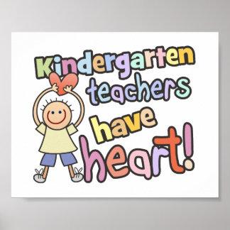 Los maestros de jardín de infancia tienen corazón póster