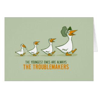Los más jovenes son siempre los perturbadores tarjeta