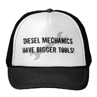 ¡Los mecánicos diesel tienen herramientas más gran Gorros