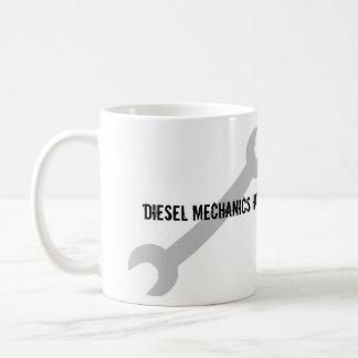 ¡Los mecánicos diesel tienen herramientas más gran Taza Básica Blanca