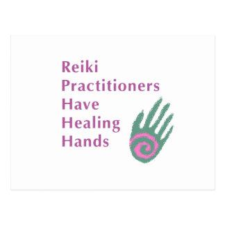 Los médicos de Reiki tienen manos curativas Postales