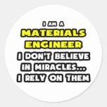 Los milagros y los materiales dirigen… divertido pegatinas redondas