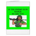 los militares bromean tarjeta