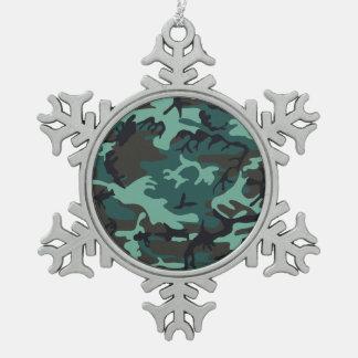 Los militares camuflan adorno de peltre en forma de copo de nieve