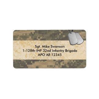 Los militares camuflan con las placas de identific etiquetas de dirección