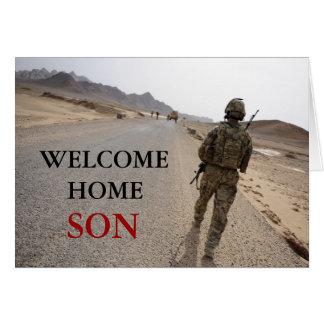 Los militares caseros agradables del hijo cardan tarjeta de felicitación
