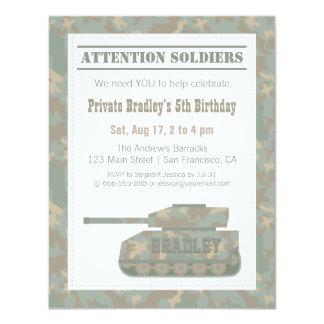 """Los militares del camuflaje imprimen a la fiesta invitación 4.25"""" x 5.5"""""""