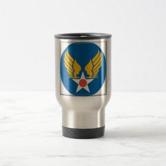 Los militares del cuerpo de aire simbolizan tazas de café