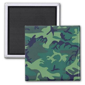 Los militares verdes frescos camuflan diseño imán cuadrado