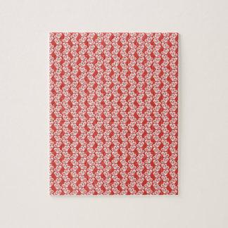 los modelos blancos rojos del diseño floral del puzzles con fotos