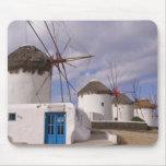Los molinoes de viento de Mykonos en las islas gri Alfombrilla De Ratón