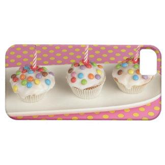 Los molletes del cumpleaños con la formación de iPhone 5 fundas