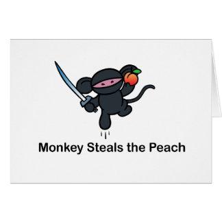 Los monos de Ninja del vuelo roban el melocotón Tarjeta De Felicitación