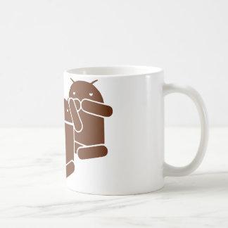 Los monos del androide tres ven, oyen, dicen taza