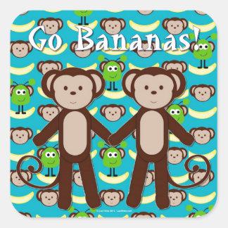 Los monos en espacio van los plátanos pegatina cuadrada